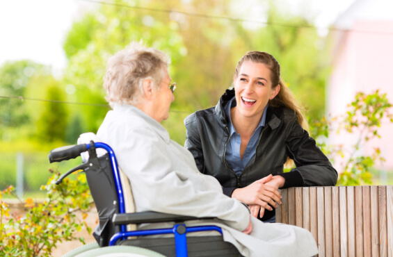 Tips-for-Communicating-with-a-Loved-One-with-Dementia